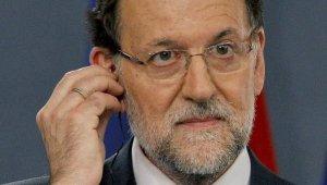 mg01.lavanguardia.com/2013/07/22/Rajoy-Comparecere-en-el-Parlam_54378018485_53699622600_601_341.jpg